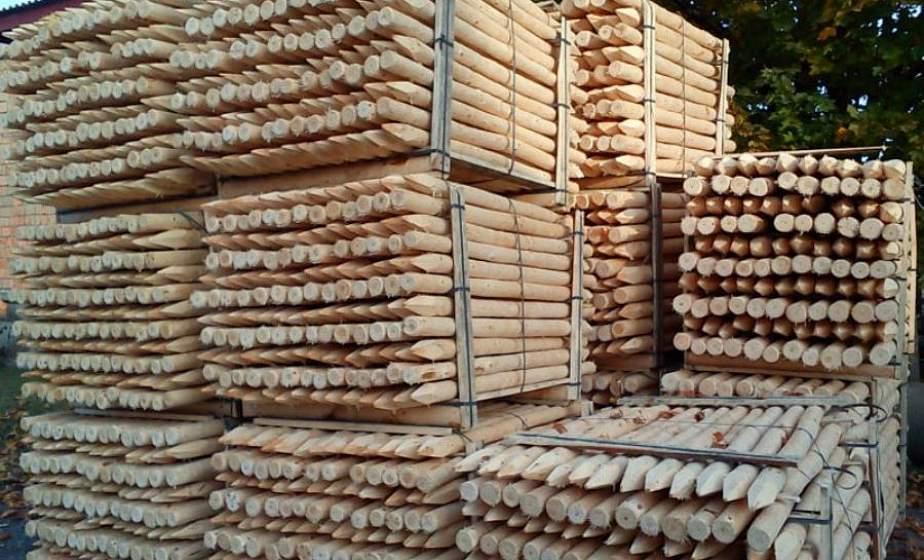 В Лидском лесхозе после 15-летнего перерыва возобновил работу деревообрабатывающий участок, первая партия продукции ушла в Латвию