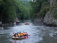Рафтинг по горной реке, активный отдых в России