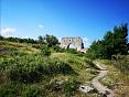 Тур через пещерный город Мангуп-Кале в Крыму пешком через горы к морю