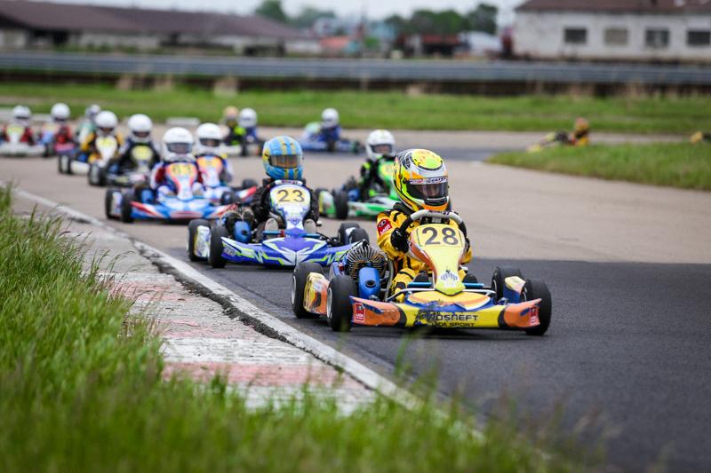 LADA Sport ROSNEFT: юниоры побеждают в Магнитогорске