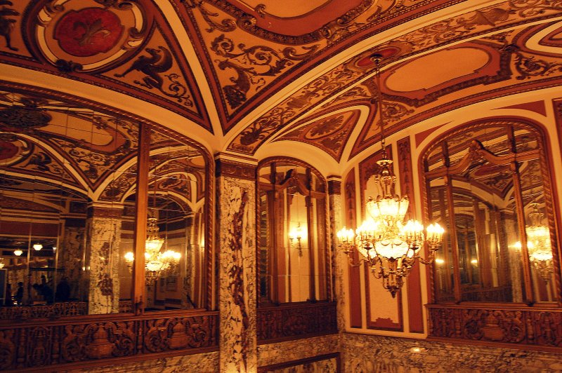 cadillac-palace-theatre-hall-of-mirrors.jpg