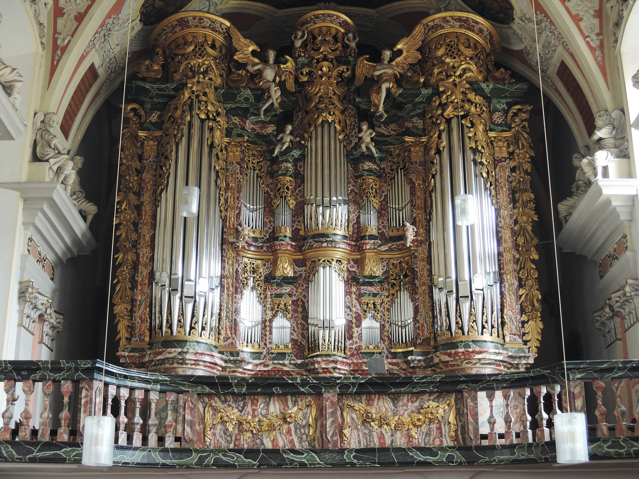 1.  Церковь Св. Крусис (Эрфурт, Германия) музыкальный инструмент, орган