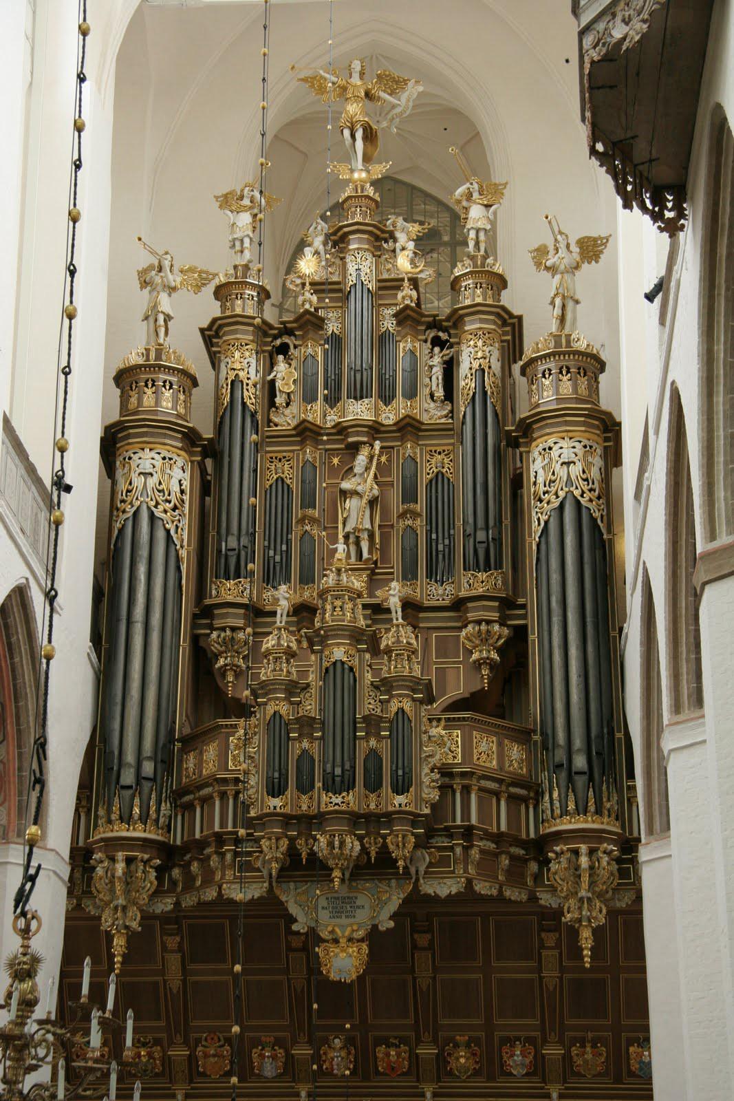 6. Церковь Св. Марии (Штральзунд, Германия) музыкальный инструмент, орган