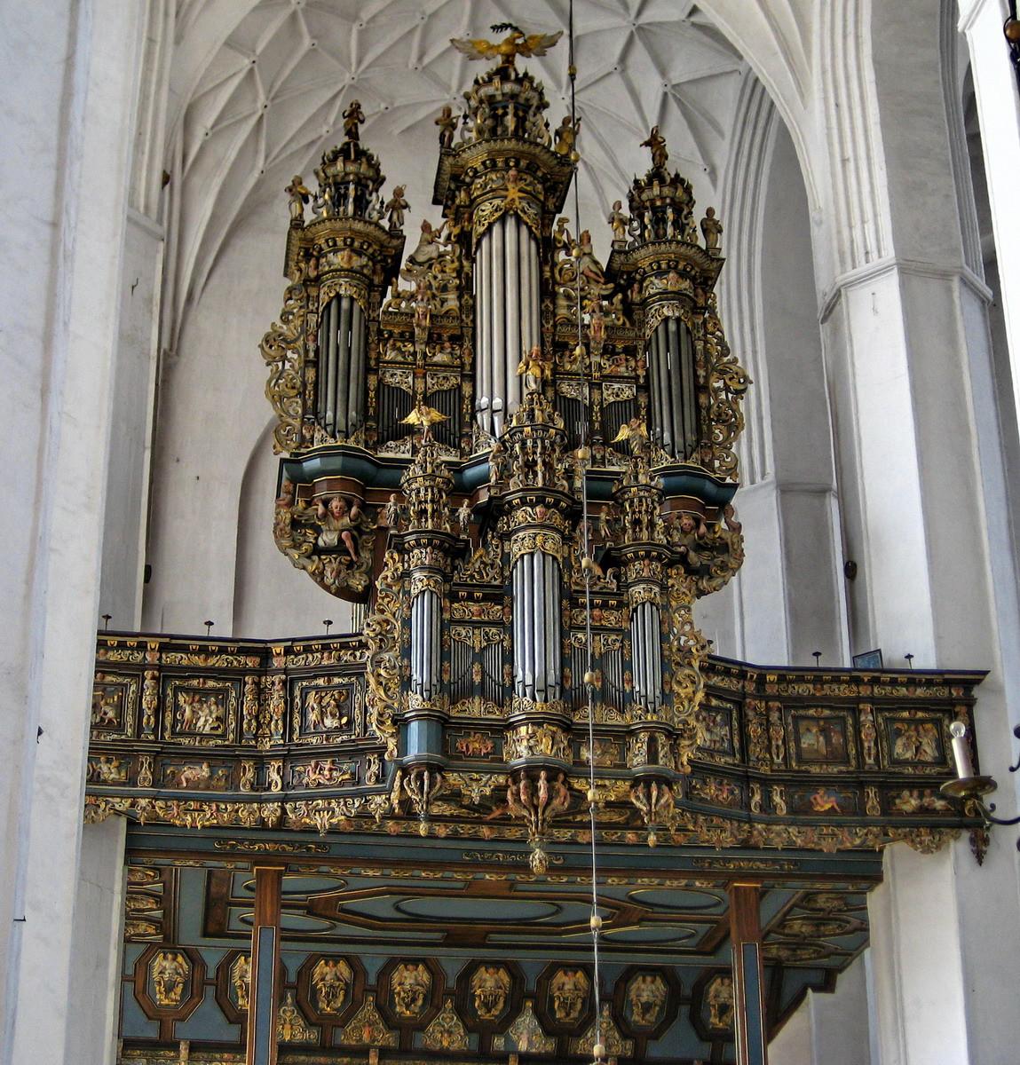 14.  Собор Св. Марии (Гданьск, Польша) музыкальный инструмент, орган