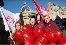 Британская кампания #heartunions получила поддержку на глобальном уровне
