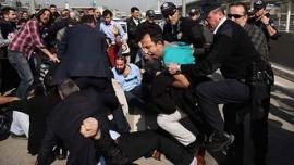Турция: Renault вместо выполнения своих обязательств увольняет работников, используя полицию