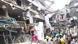 Бангладеш: 11 рабочих погибли и 50 пострадали в результате взрыва на швейной фабрике