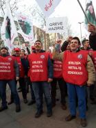 Турция: 130000 рабочих-металлистов твердо намерены объявить забастовку