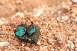 IndustriALL предупреждает автопром о злоупотреблении правами рабочих на кобальтовых шахтах Glencore