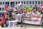 Профсоюзы требуют у LafargeHolcim выполнить обещание и заботиться о жизни рабочих
