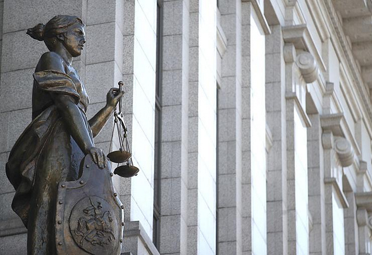 Президиумы ВС РФ и Совета Судей РФ до 11 мая рекомендуют проводить судебные заседания с использованием видеоконференц-связи и (или) веб-конференции