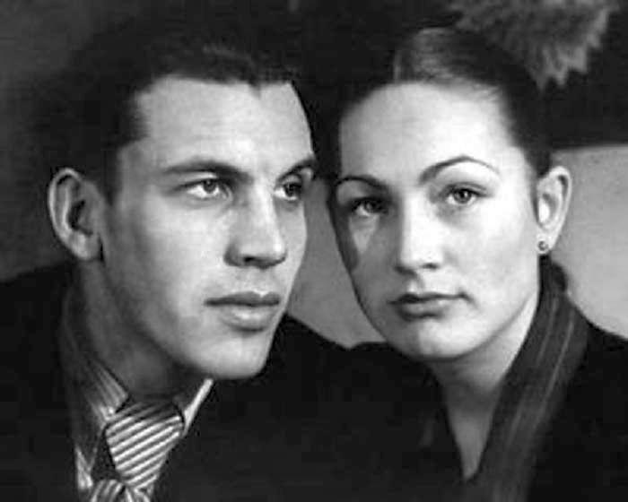 Людмила Хитяева и Александр Белокринкин. / Фото: www.stuki-druki.com
