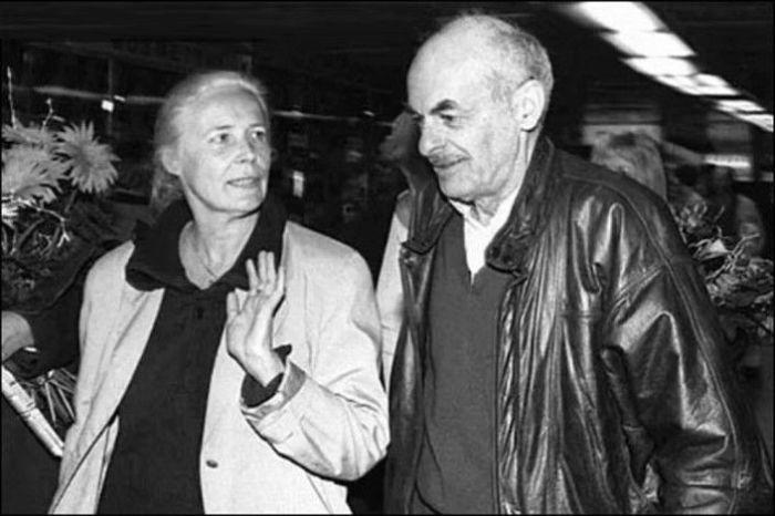 Агнешка Осецкая и Булат Окуджава. / Фото: www.izbrannoe.com