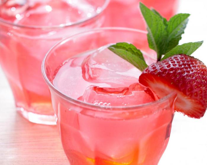Розовый лимонад. \ Фото: 4сook.net.