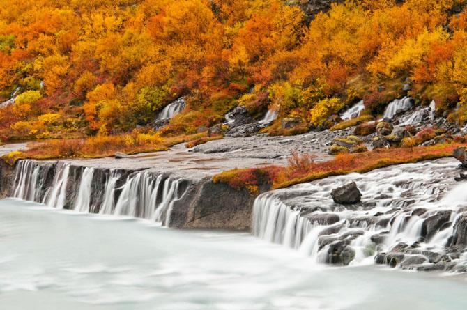 Красота водопада Хрейнфоссар (8 фото)