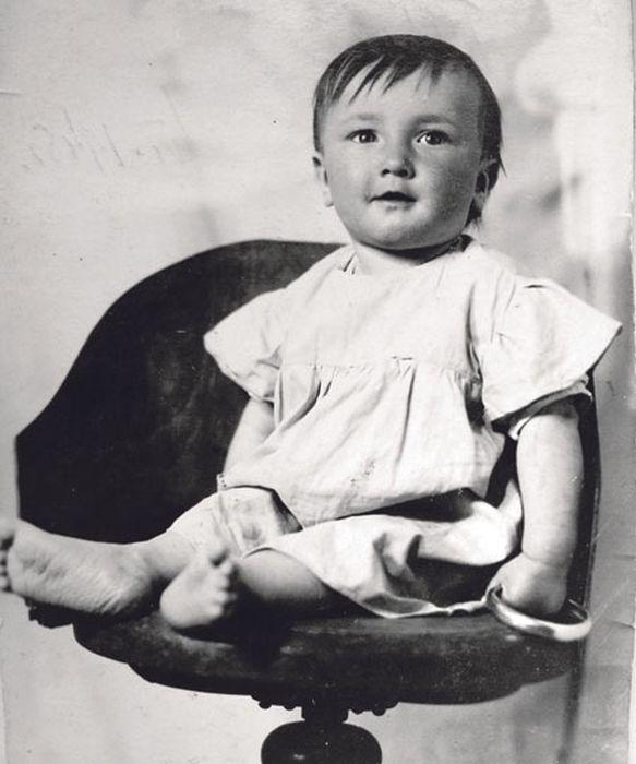 Таким был Борис Клюев в детстве. / Фото: www.telesem.ru