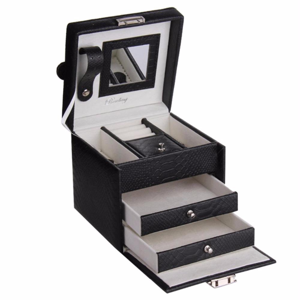 Используйте коробочки для аксессуаров