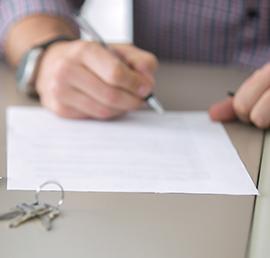 «Единая Россия» обратится в ДОМ.РФ для исключения случаев навязывания допуслуг при оформлении льготной ипотеки
