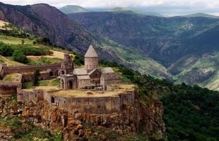 Туры в Армению. Майские праздники в Армении.