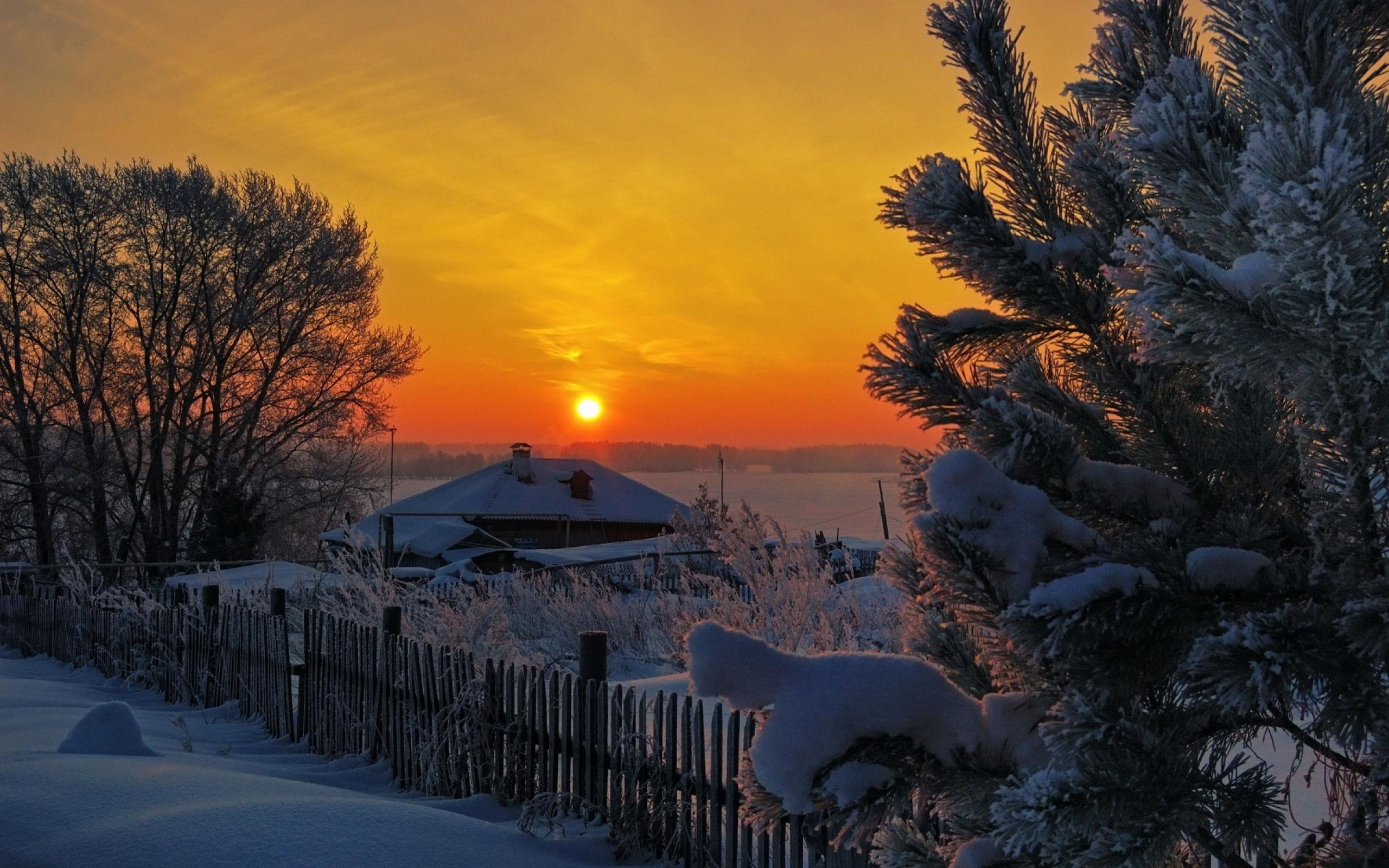 В одной, занесённой сибирскими снегами деревеньке, жила маленькая девочка, и звали её Братчаночка.