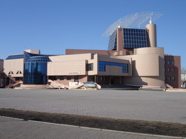 Якутский театр копия