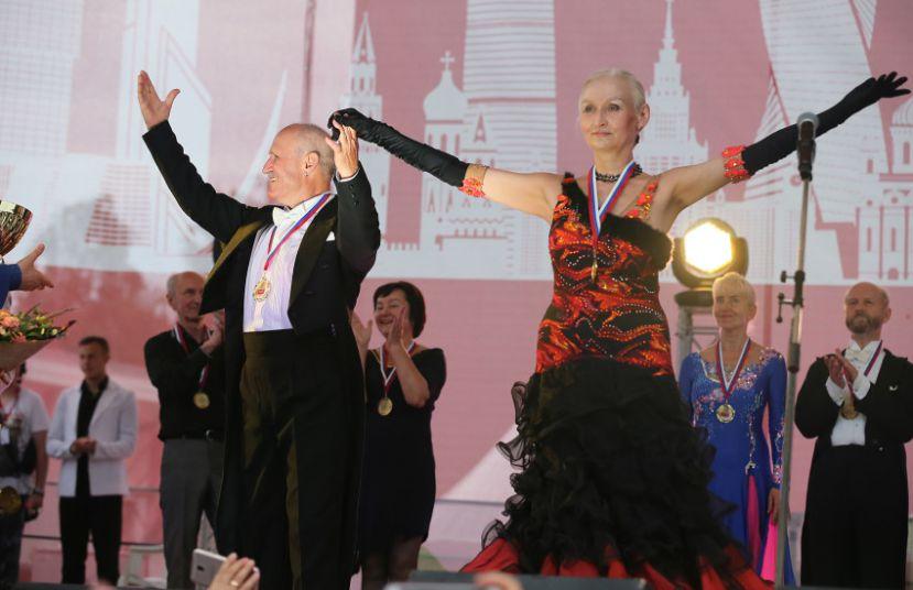 Не останавливаться на достигнутом и идти вперед к победе: лучшие танцоры «Московского долголетия» продемонстрируют свое мастерство