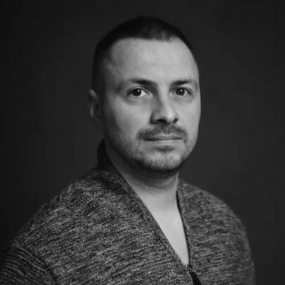 Олег Гутник