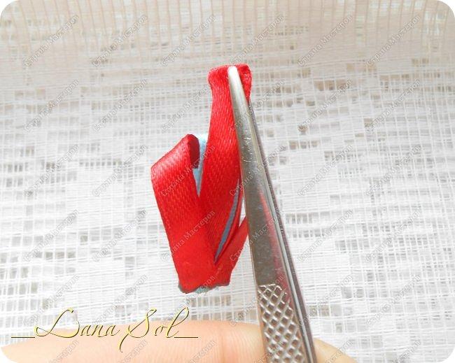 Мастер-класс Украшение Цумами Канзаши МК нового лепесточка для бантика Снежинка Ленты фото 7
