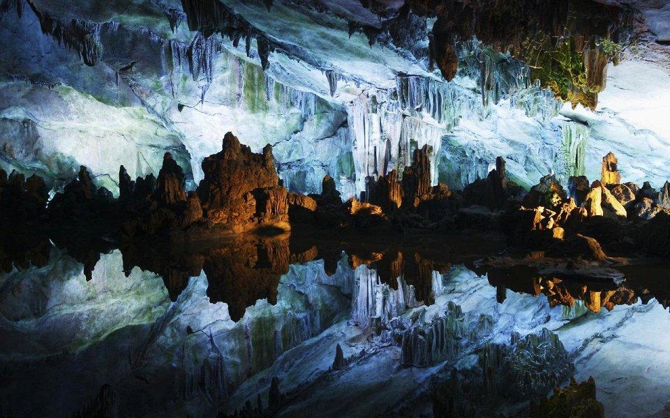 Фото Пещера Тростниковой флейты, Китай
