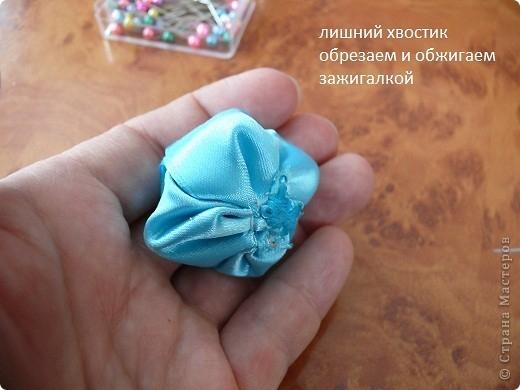 очумелые ручки 105585590_Cvetochki_iz_lentochek_ot_Alenuy_Nikitinoy__36_