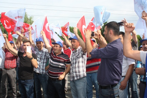 Deva Holdings должна прекратить нападки на рабочих в Турции