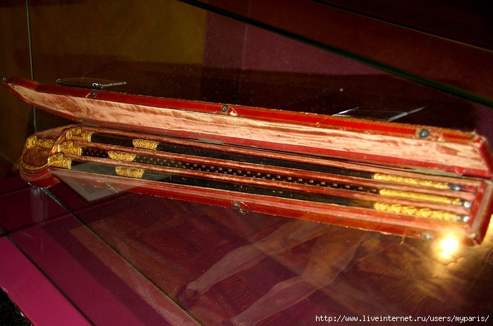 08 наполеона шпага 1806 с тремя ножнами (699x463, 268Kb)